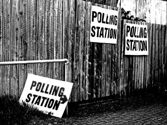 100506_polling_station-1vk9oa5